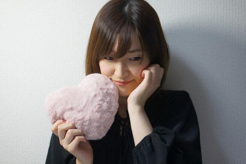 恋する女性のイメージ画像